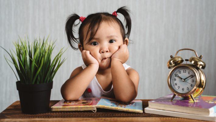 Une jeune fille avec un dilemme éthique